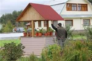 Как произвести оформление колодца на даче своими руками: Полезные советы и фото