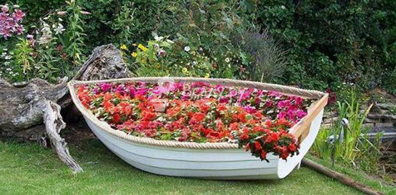 Клумбы в саду своими руками, фото и виды цветников