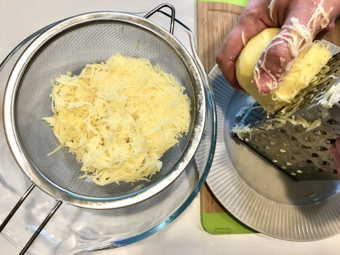 Как быстро отмыть руки после чистки грецких орехов от зелёной кожуры