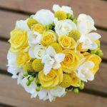 Королева цветов для королевы на свадьбе: букет невесты из роз