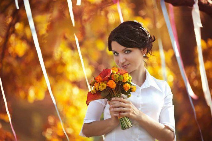 Осенний букет невесты: буйство ярких красок