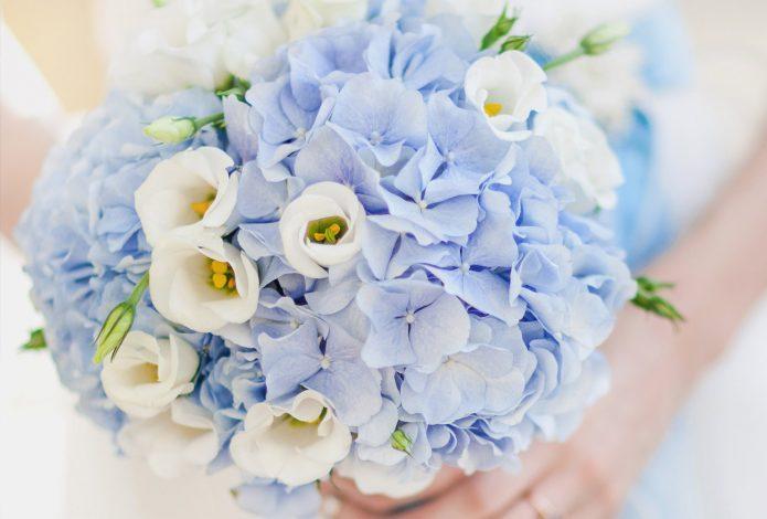 Синий букет невесты: особенности выбора цветов и идеи оформления композиции