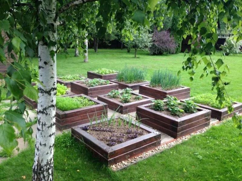 """Модульный цветник: принцип """"высоких грядок"""" в саду"""