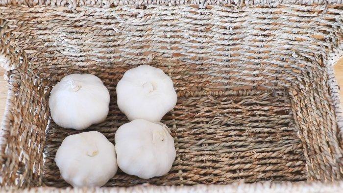 4 способа как хранить чеснок очень долго дома без погреба
