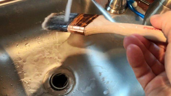 Как восстановить сухие кисти