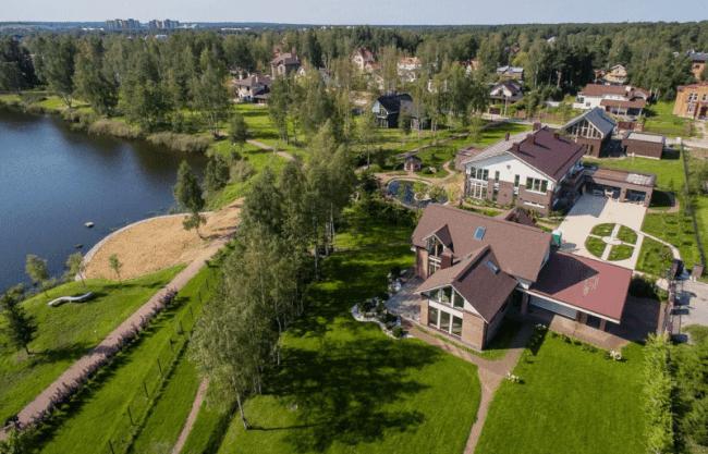 Преимущество покупки земли в Петергофе