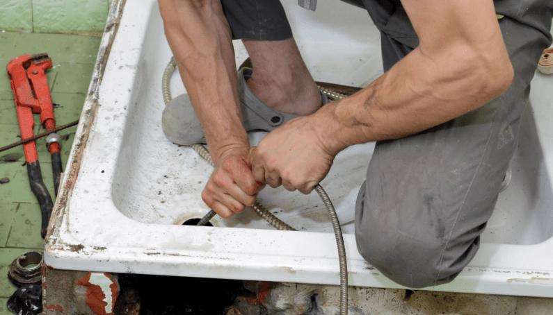 Способы избавиться от неприятного запаха в ванной